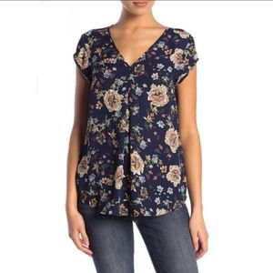 HALOGEN Navy Floral V-neck Tropical Top Small
